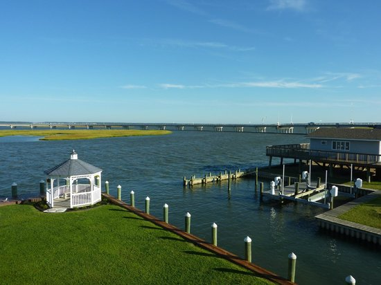 Comfort Suites Chincoteague: View from Room: Chincoteague Channel, Marsh Island and Bridge
