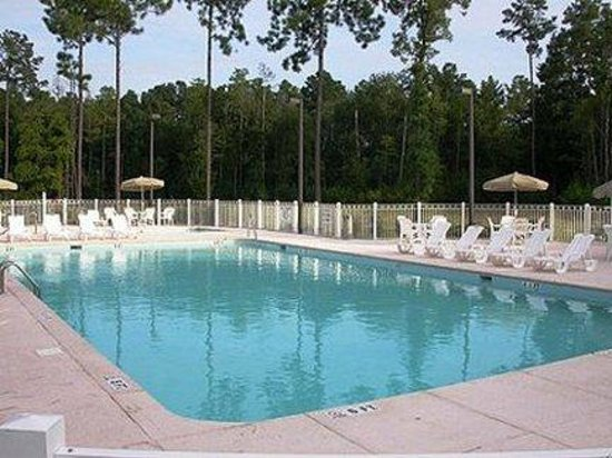 Wild Wing Resort, a Festiva Resort: Outdoor Pool