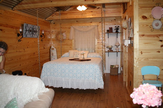River of Love Cabins