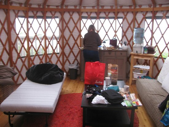 Wya Point Resort : Inside the yurt, looking toward the ocean