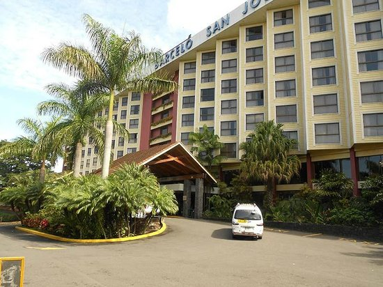 """Barcelo San Jose: The """"saw-tooth"""" exterior enables the rooms to be bigger and have nice windows, good views"""