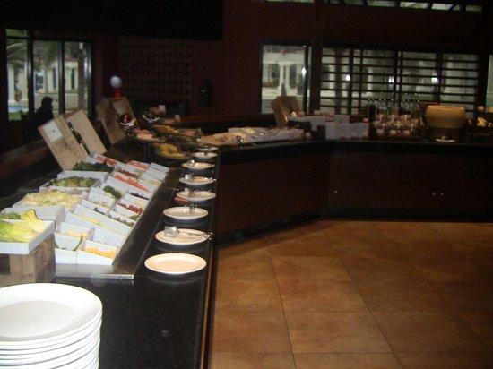 La Capilla Argentina: Salad bar.