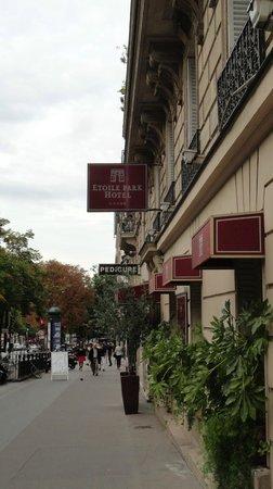 Etoile Park Hotel : street view