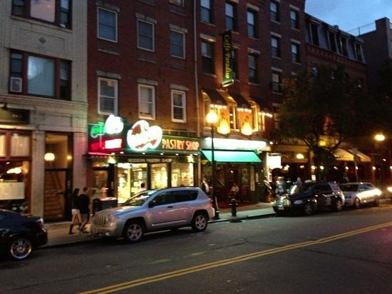 Aria Trattoria: outside view - to the right of the pastry shop