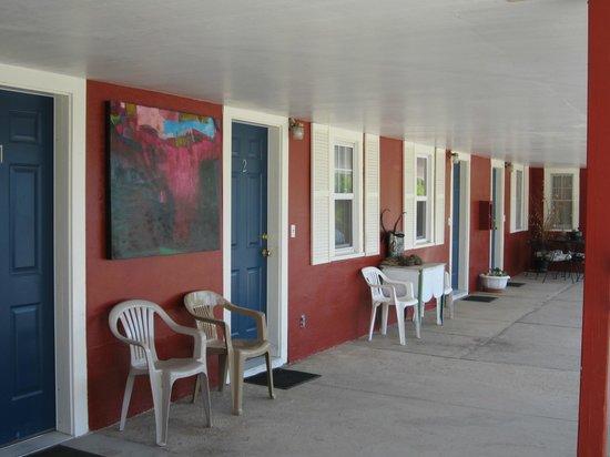Big Horn Motel: Ground floor (gf) singles exterior