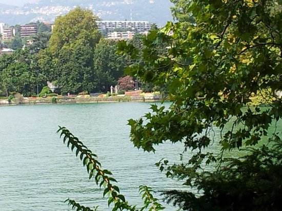 Lake Lugano: Beira do Lago