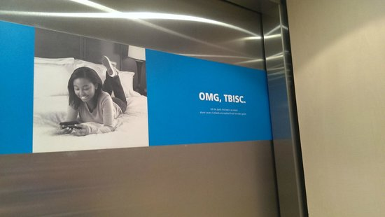 Hampton Inn & Suites San Juan: OMG TBISC. In the elevators