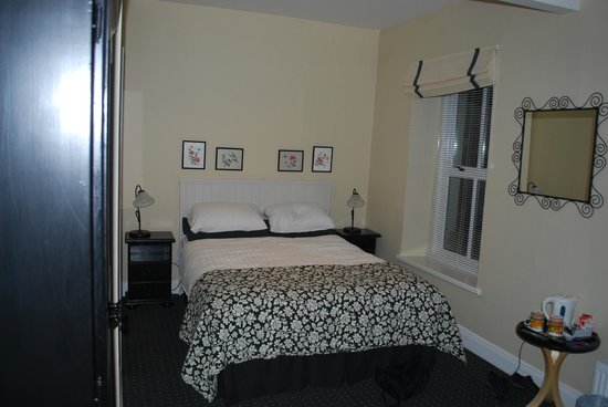 Cloisters Bed & Breakfast: Room #4