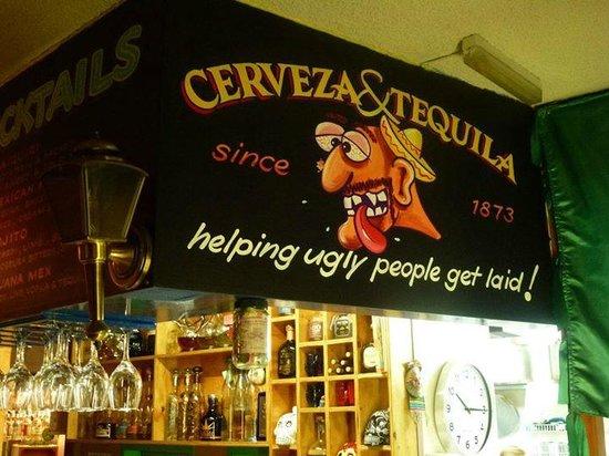 Sombreros Mexican Cantina : Cute Bar!
