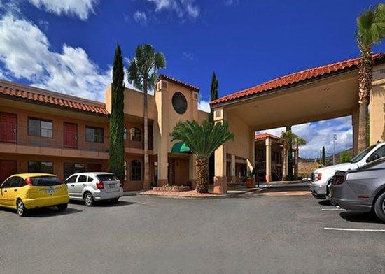 Best Western Copper Hills Inn : Exterior