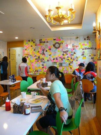 Hostel Lyndon : Dining area