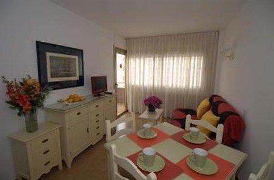 Apartamentos Eldorado : Room