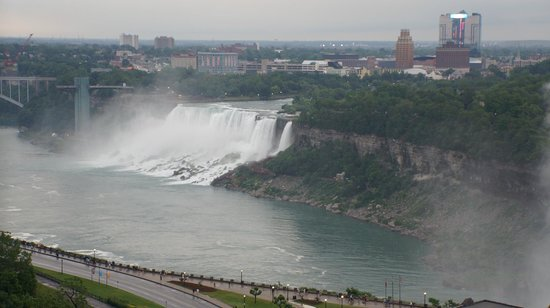 Niagara Falls Marriott Fallsview Hotel & Spa: View from our hotel room!