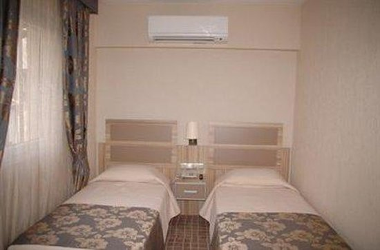 Hotel Nanda: Room