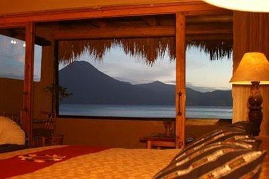 Laguna Lodge Eco-Resort & Nature Reserve: Room