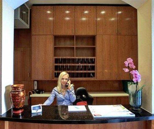 EXPO Hotel: Interior