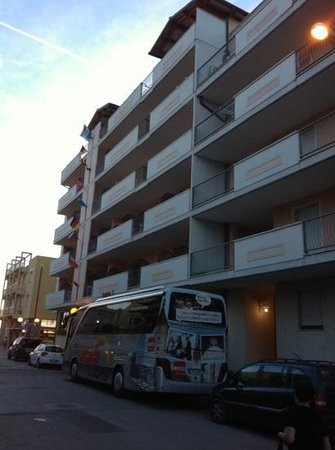 Lola Piccolo Hotel: Lola