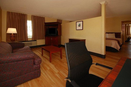 Red Roof Inn San Diego Downtown: Double Suite