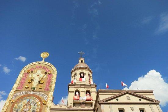 Templo y ex-convento de la Santa Cruz de los Milagros : Templo de la Santa Cruz de los Milagros.