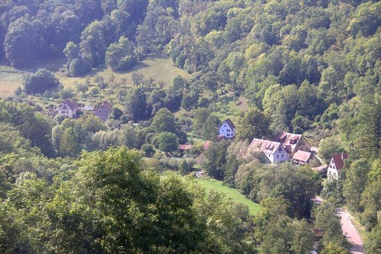 Burghotel: Valley view