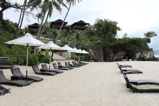 Asya Premier Suites: Hotel beach area