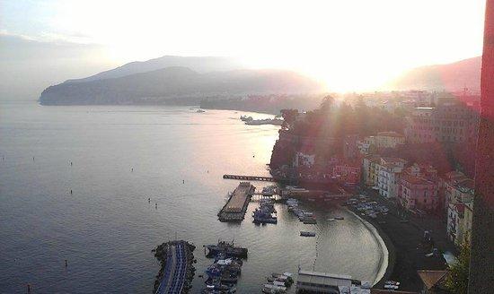 Settimo Cielo : Sunrise in Sorrento