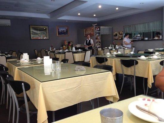 Yunus Halal Restaurant: The restaurant.