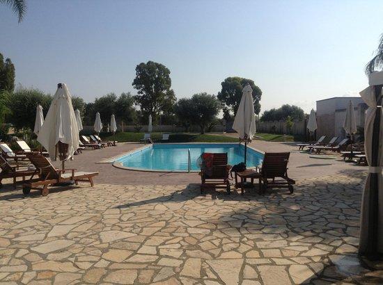 Villa Hermosa Resort: piscina.....