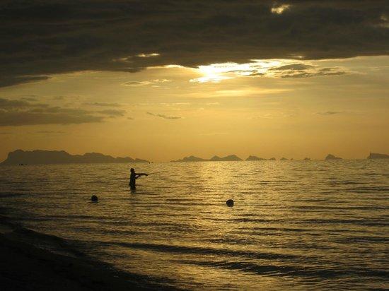 Health Oasis Resort: sunset