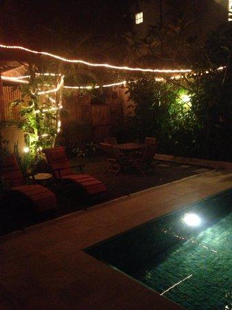 Jimbaran Bay Beach Residence: the backyard by night <3
