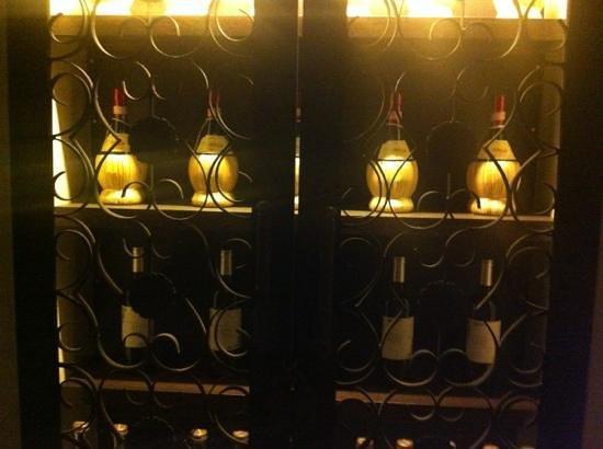 Osteria del Toro: great decor