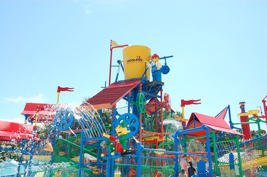 Winter Haven, FL: Children's water play area