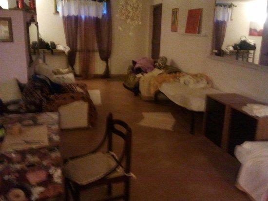Girasolereale Rome Bed and Breakfast : Uno scorcio della stanza