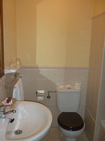 Hotel Pombal : Baño