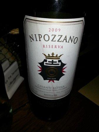 Le Tre Terrazze: Bottiglia di Nipozzano