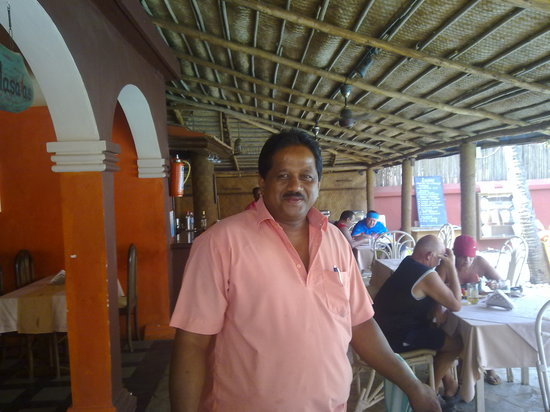 Santiago Beach Resort : Paul