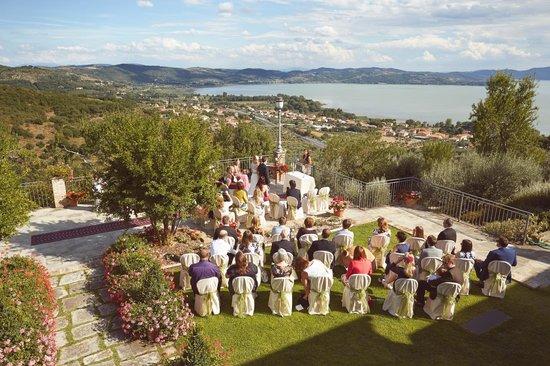 Villa San Crispolto: Overlooking Lake Trasimeno