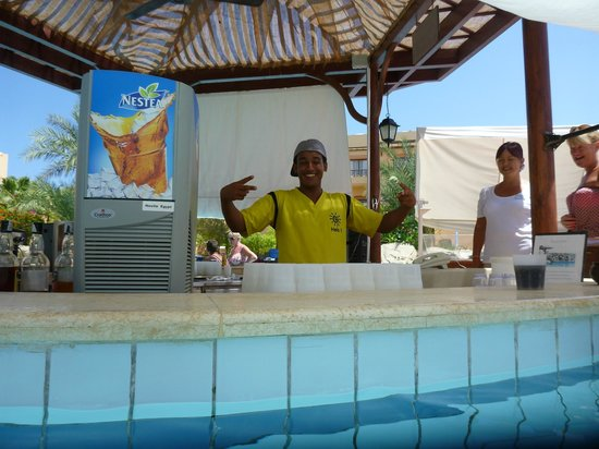Iberotel Coraya Beach Resort: zezo and amanda