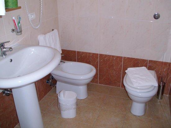 Hotel Lido di Orrì : Bagno