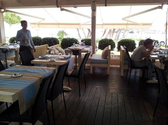 Kastelorizo : Outdoor seating