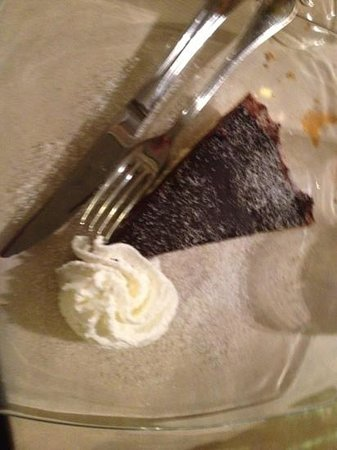 Osteria delle Commari: torta con cioccolato fondente