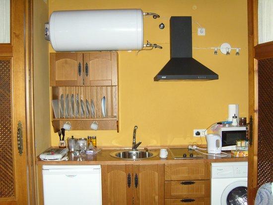 La Colegiata: kitchen