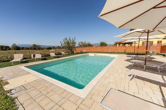 Podere i Fornai: piscina