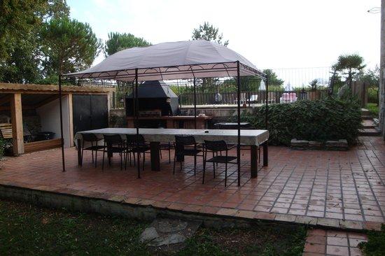 Maison Basta : Terrasse