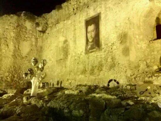 Castello dei Luna: L'interno