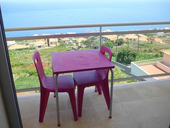 Hotel Apartments Baia Brava: La terrasse/balcon et sa superbe vue.