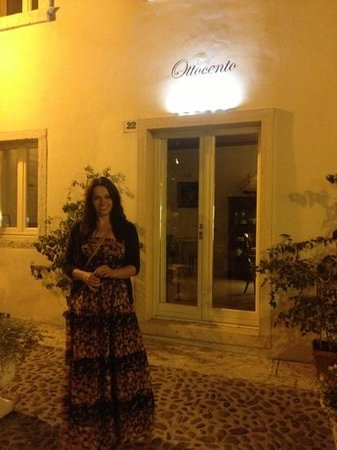 Ca' Ottocento: front of B&B at night!
