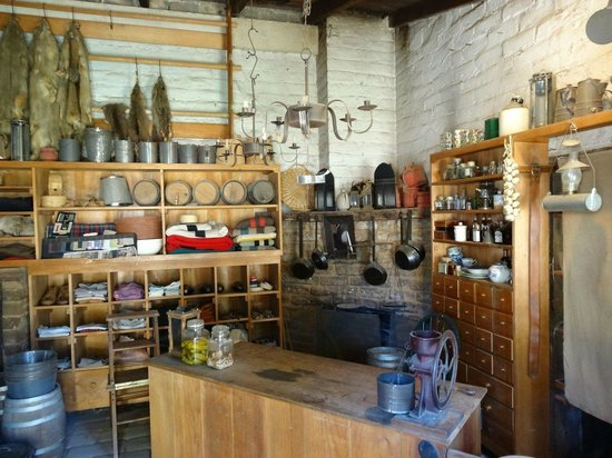 Sutter's Fort State Historic Park: General Store
