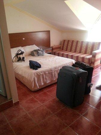 Dogus Hotel: Top floor bedroom