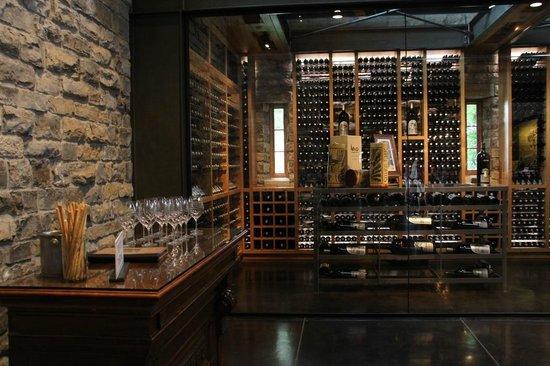 Silver Oak Cellars: Glass Cellar